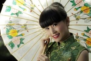Phụ nữ Nhật luôn che chắn, bảo vệ da khỏi ánh nắng mặt trời