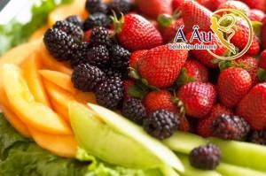 Những trái cây có vị chua và giàu vitamin C thường có hiệu quả căng da ưu việt.