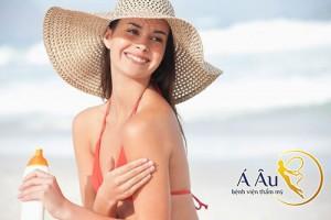 Kem chống nắng có chỉ số SPF 30 là thích hợp cho mọi loại da