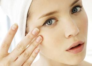 Da mắt là phân vùng nhạy cảm nên dễ xuất hiện nếp nhăn
