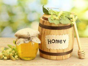 Mật ong là nguyên liệu làm đẹp tuyệt vời